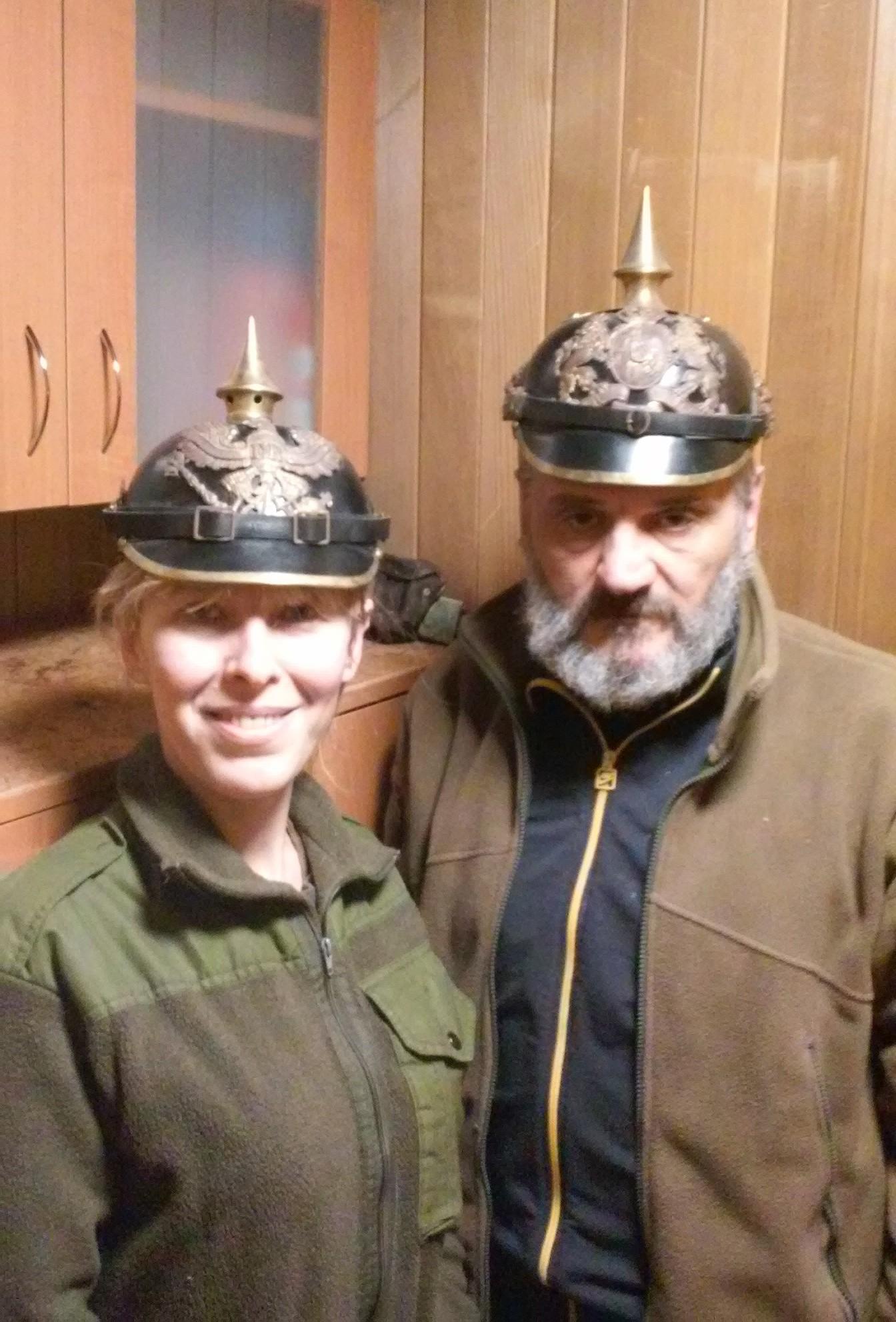 Натівські інструктори прислали нові каски