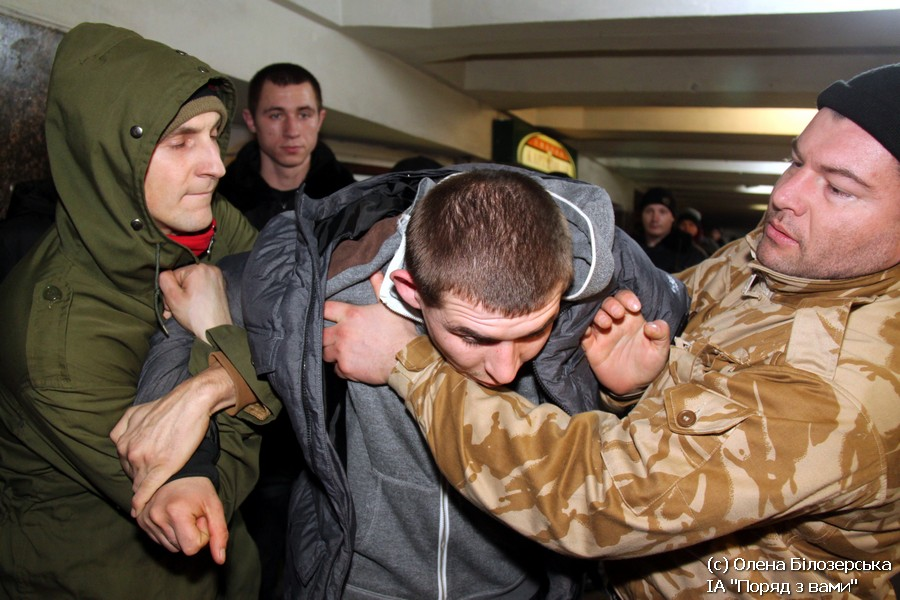 Нічне чергування на Майдані (ФОТО)